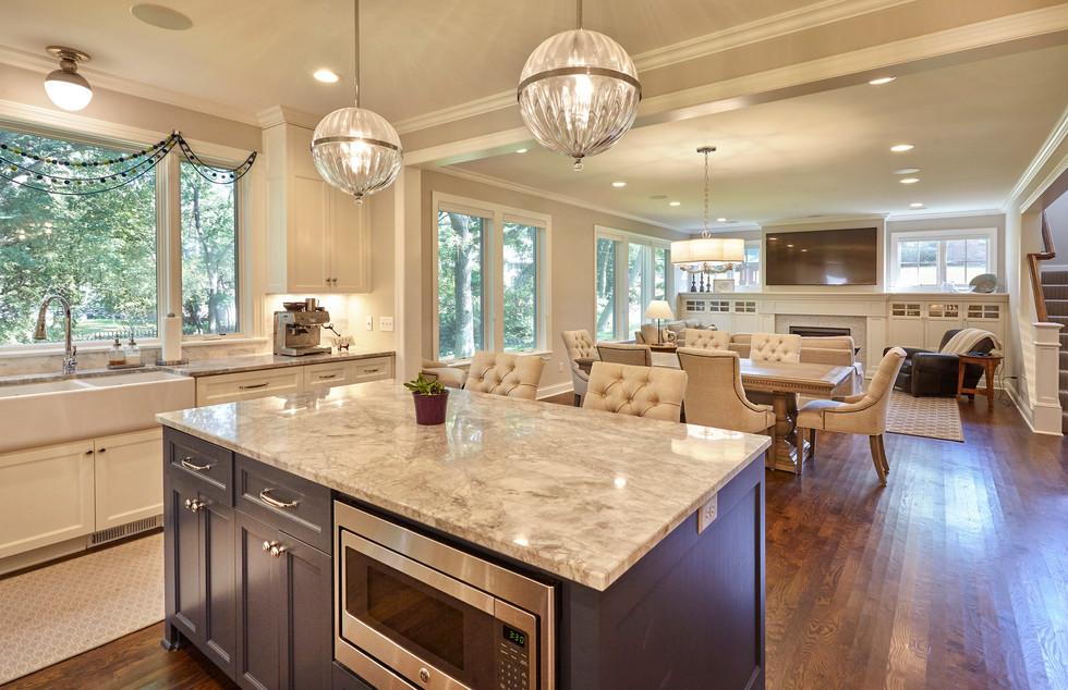 SC_4545_Kitchen Living.jpg