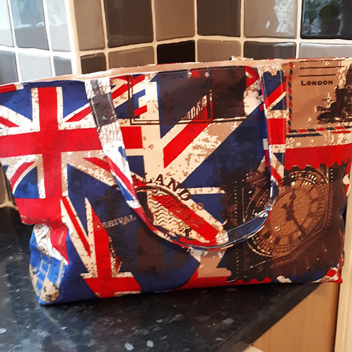 Large Tote bag/Shopping Bag with Zip closure - various designs
