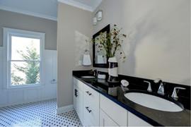 Bathroom1.jpeg