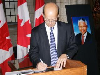 Allocution du sénateur Claude Carignan en hommage à Nelson Mandela