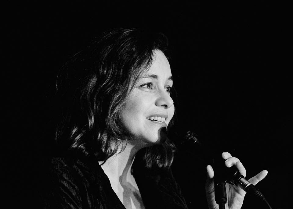 Amandine Thiriet chanteuse 2019.jpg