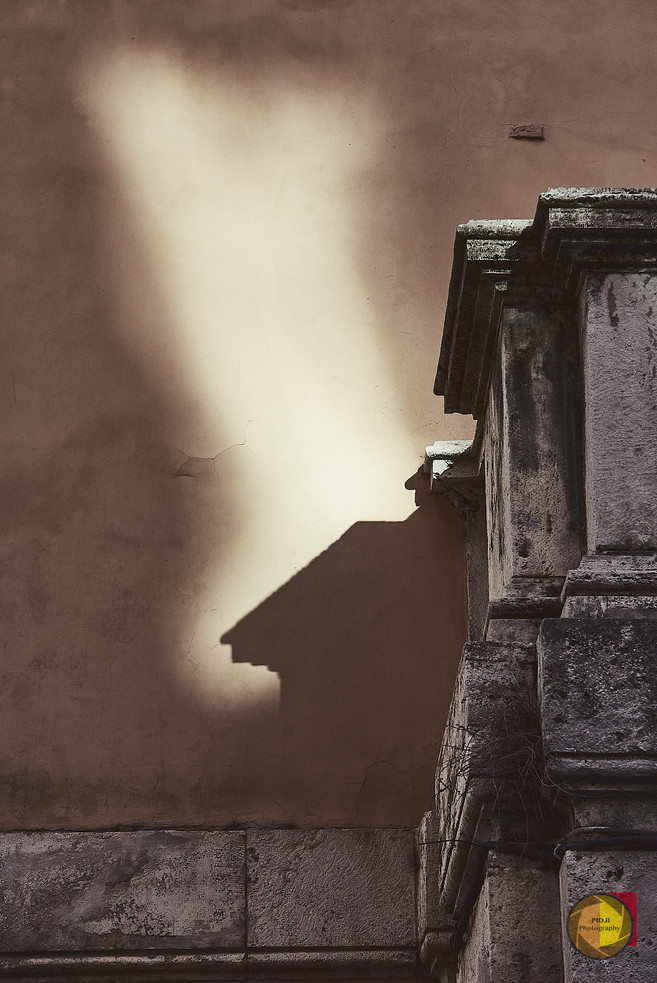 Rom, Schatten und Licht