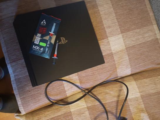 PS4 termopasta vahetamine Tallinnas  Замена термопасты PS4 в Таллине   Replacing PS4 Thermal Paste in Tallinn