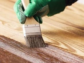 Sự khác biệt giữa sơn lót gỗ và sơn phủ gỗ là gì?