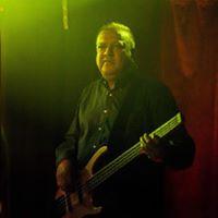 Bassist, Menon Vishnu