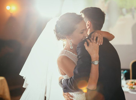 WEDDING DAY HITS: TOP FIRST DANCE SONGS OF 2015