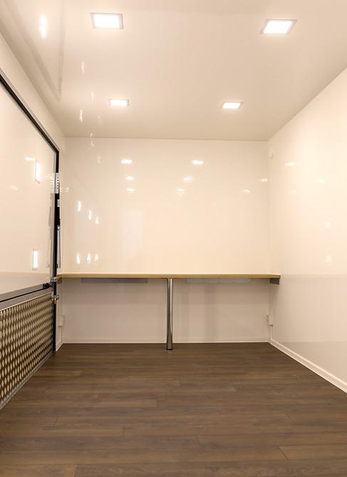 Respo Showroom 520-0004.jpg