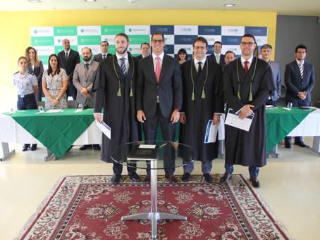 DPE-AM dá posse a novos defensores e firma convênio com a Susam, em evento na Arena da Amazônia