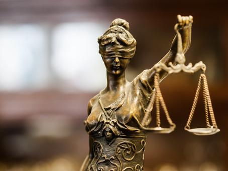 A pedido da Defensoria, Justiça protege vítima e revoga prisão indevida de acusado em caso de dano e