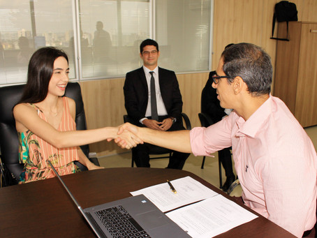 Defensoria reforça quadro com posse de novo defensor e analistas jurídicos