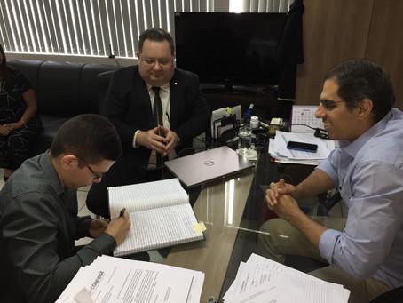 Defensor público geral do Estado nomeia 25° aprovado em concurso