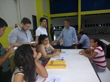 DPE-AM vai ao Residencial Viver MelhorIII para coletar assinaturas para projeto de lei que pretende