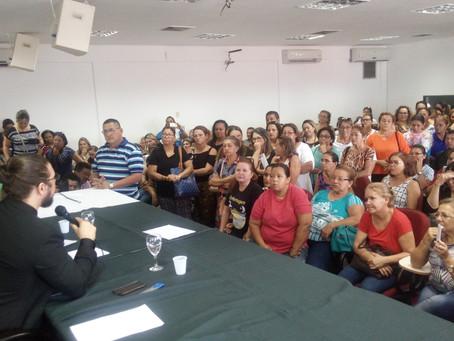 Agentes de endemias e servidores temporários demitidos da Susam recebem orientações da Defensoria Pú