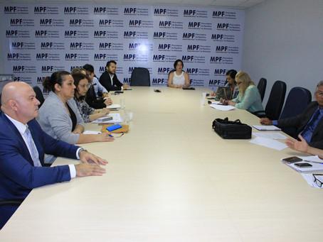 Defensoria Pública participa de reunião para discutir situação de indígenas venezuelanos em Manaus