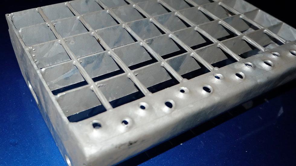 Schodnice Strong 1200x305 mm / 34x38 / 40x2 / žárový zinek