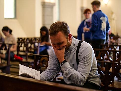 Dave Praying.jfif