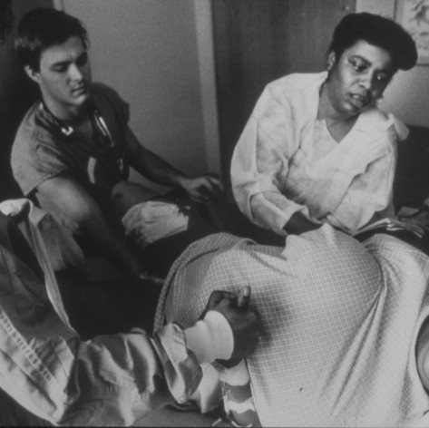 Dearie in agony during her 14-hour labor at Temple University Hospital