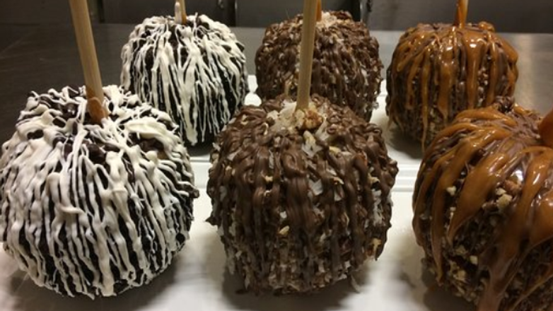 Cat's Candy Special Order - Gourmet Candy Apple