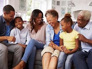 FamilyBonding_Topic_Regular.jpg