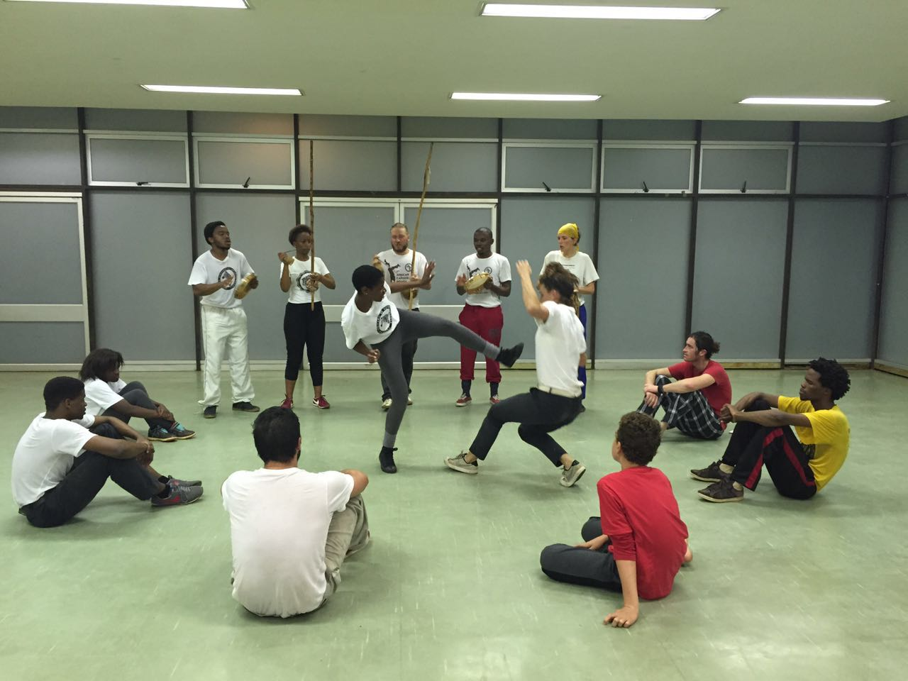 Class Roda at DUT, with Matt