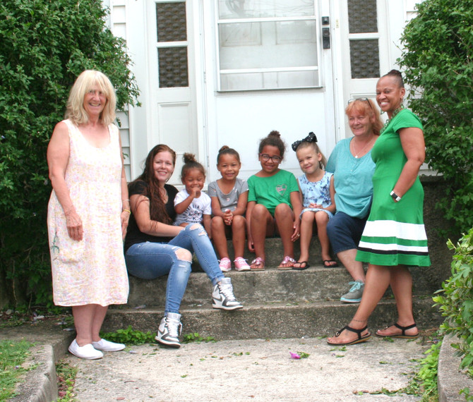 EVERSOURCE ENERGY GIVES BACK TO COMMUNITY