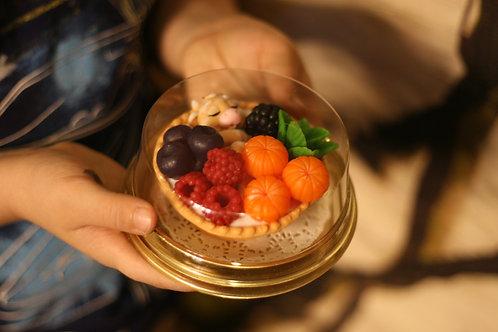 Тарталетка с ягодками сувенир 3 в 1 из мыла