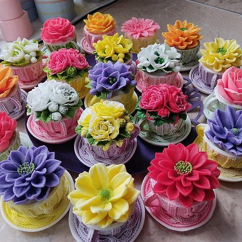 Цветы из мыла в чашечке в ассортименте