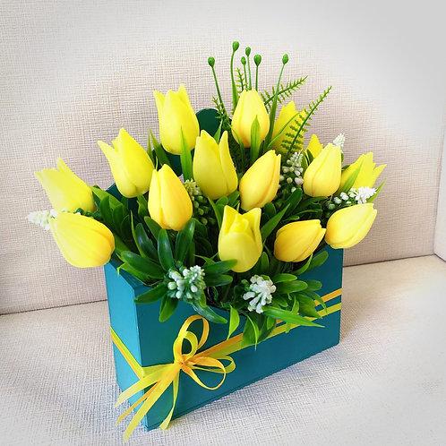 Ароматный Букет желтых тюльпанов