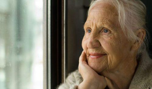 idoso-feliz-sorrindo-rindo-longevo-ativo-lucido-legal-saúde-cérebro-exercícios-dicas-zona-sul-sp