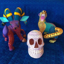 Beautiful handcrafted wooden alebrijes b
