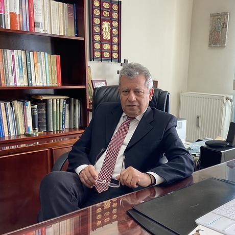 Δημήτρης Αποστολίδης Δικηγόρος