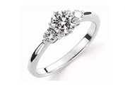 立て爪リングのリフォーム|谷口宝石|広島本通の宝石店