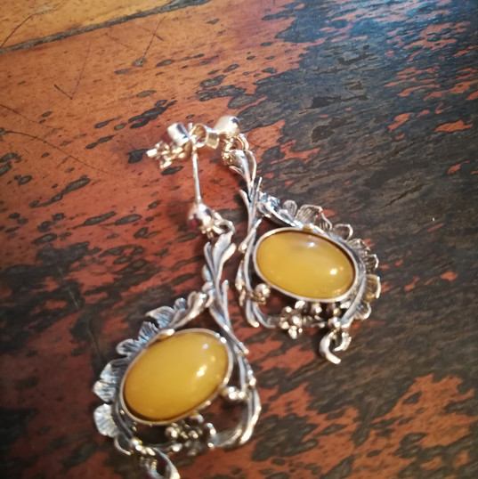 Yellow Amber Earrings £30.00