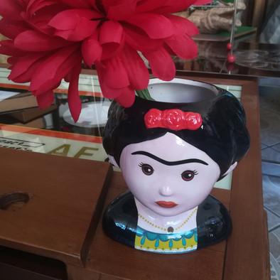 Frida Flower Pot