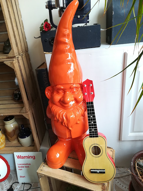 Giant Gnome -Orange