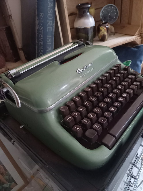 Vintage Optimax Typewriter