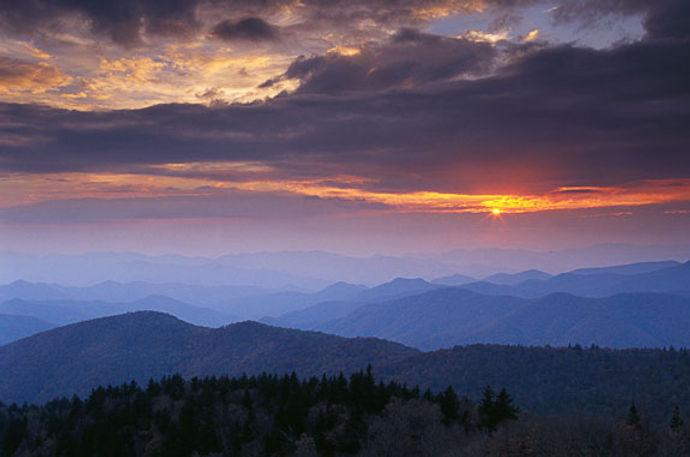 Great-Smoky-Mountains.25773054_std.jpg