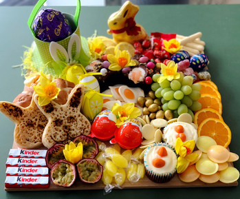 """""""The Small"""" Easter Platter 2019"""