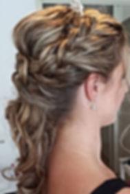 Bruidskapsels-bruidsmake-up-Baarn-16.jpg