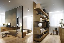 Hrebenky_Closet