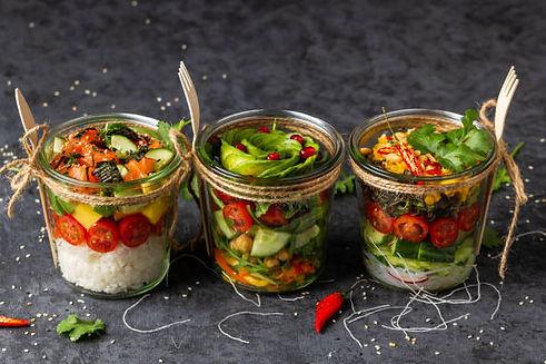 poke-salad-with-vegetables-salmon-avocad