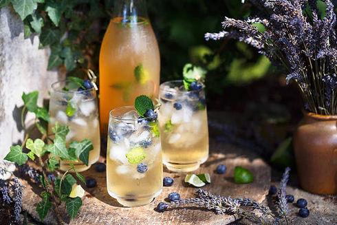 cocktail-la-lavande-et-myrtilles-boisson