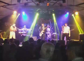Robin 2 gig in Bilston on Sat 22nd Aug 2015, featuring Johnny2bad (UB40 tribute) + Legend (Bob Marle