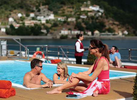 WHY CRUISING IS A NO BRAINER FOR GROUP TRAVEL