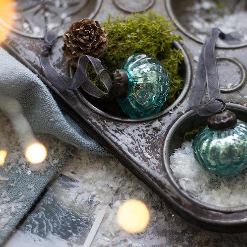 Mint Crackle Lantern Glass Bauble