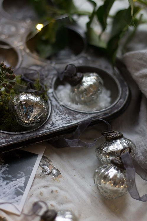Silver Crackle Glass Lantern Bauble