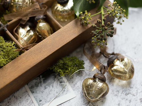 Gold Crackle Glass Heart