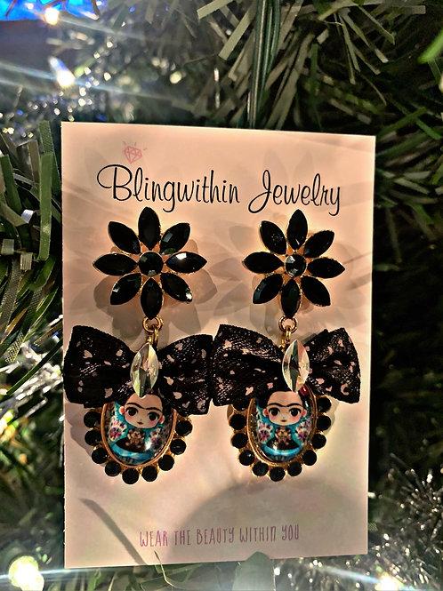 Frida love rhinestone bow earrings in black