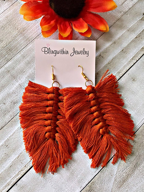Willow fall feather finge tassels in rust orange