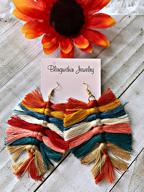 Willow fall feather finge tassels in multicolor